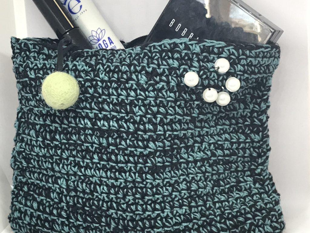 håndlavet- håndstrikket - makeup-pung makeup-taske